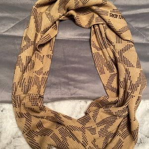 Brown infinity MK logo scarf 🧣